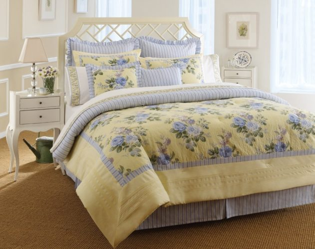 Laura Ashley, Caroline Collection Touch of Yellow Floral Bed in a Bag, King