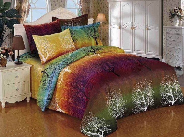 Bohemian Inpired Rainbow Tree 3pc Bedding Set: Duvet Cover and Two Matching Pillowcases (Full)