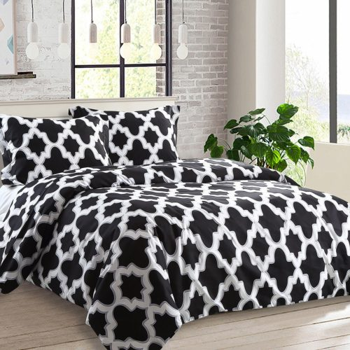 black and white duvet cover queen - NTBAY 3 Pieces Duvet Cover Set Printed Microfiber Reversible Design(Queen, Quatrefoil)