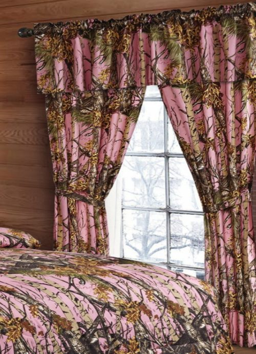 20 Lakes Woodland Hunter Camo Valance, Panels, & Tie Backs Curtain Drape Set Five Pieces (Pink)