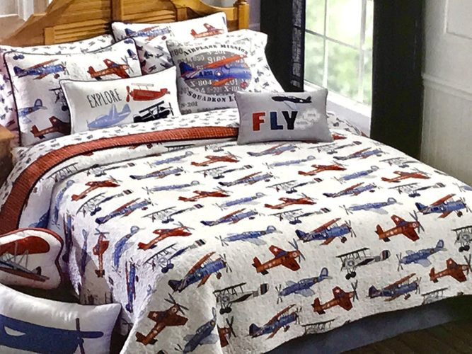 KIDS Full-Queen AIRPLANES QUILT SET (Set Includes 2 shams) bi-plane airplane plane