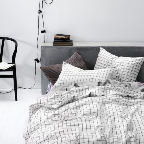 Dorm Bedding Sets - Grid Duvet Cover Set, 100% Cotton Bedding, Black Grid Geometric Modern Pattern Printed on White, with Zipper Closure (3pcs, Twin Size)