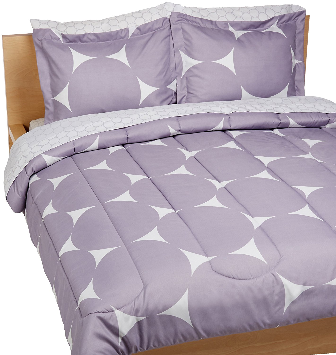 AmazonBasics 7 Piece Bed In A Bag Full Queen