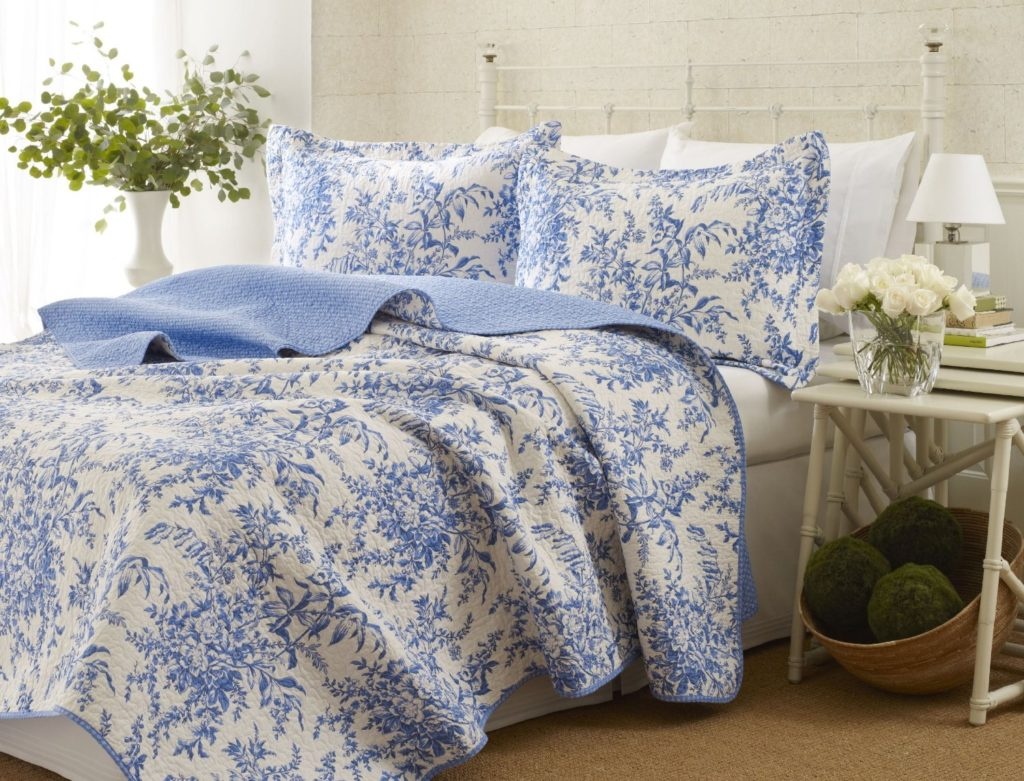 Laura Ashley Bedford Cotton White & Blue Floral Reversible Quilt Set, King