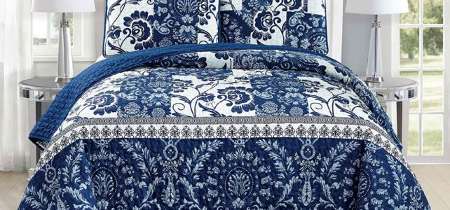 3 pc White Navy Blue Floral Bedding