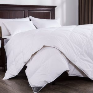 Puredown Lightweight White Down Comforter Light Warmth Duvet Insert 100% Cotton , King Size