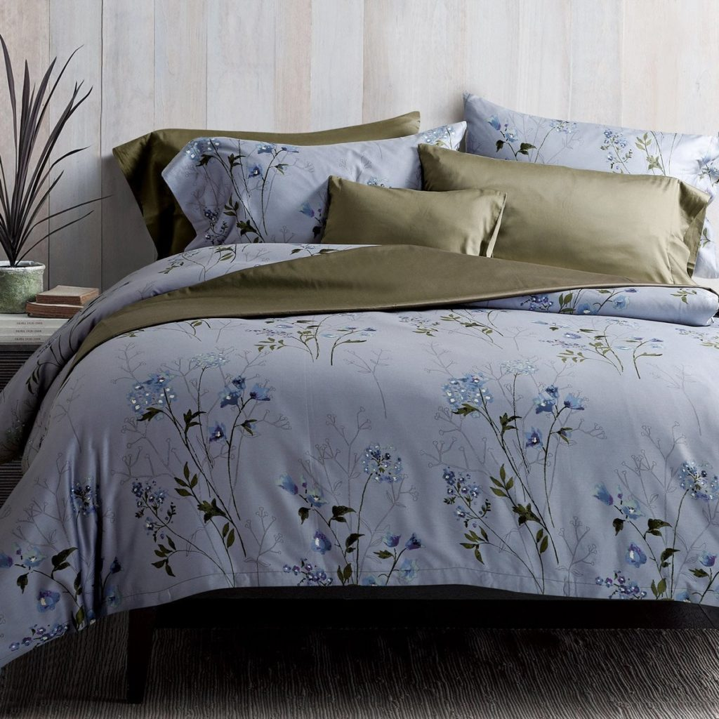 White and Blue Floral Duvet Cover