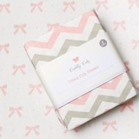 Cuddly Cubs Premium Jersey Best Crib Sheets, Fitted and Stretchy, Cute Chevron and Bow Pattern in Pink and Gray