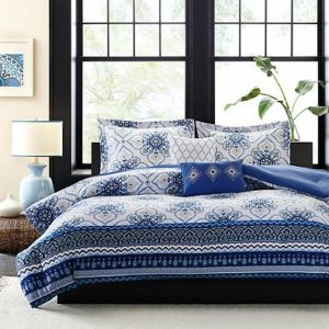 Intelligent Design Cassy Comforter Set in Blue and White Bedding (Full-Queen)