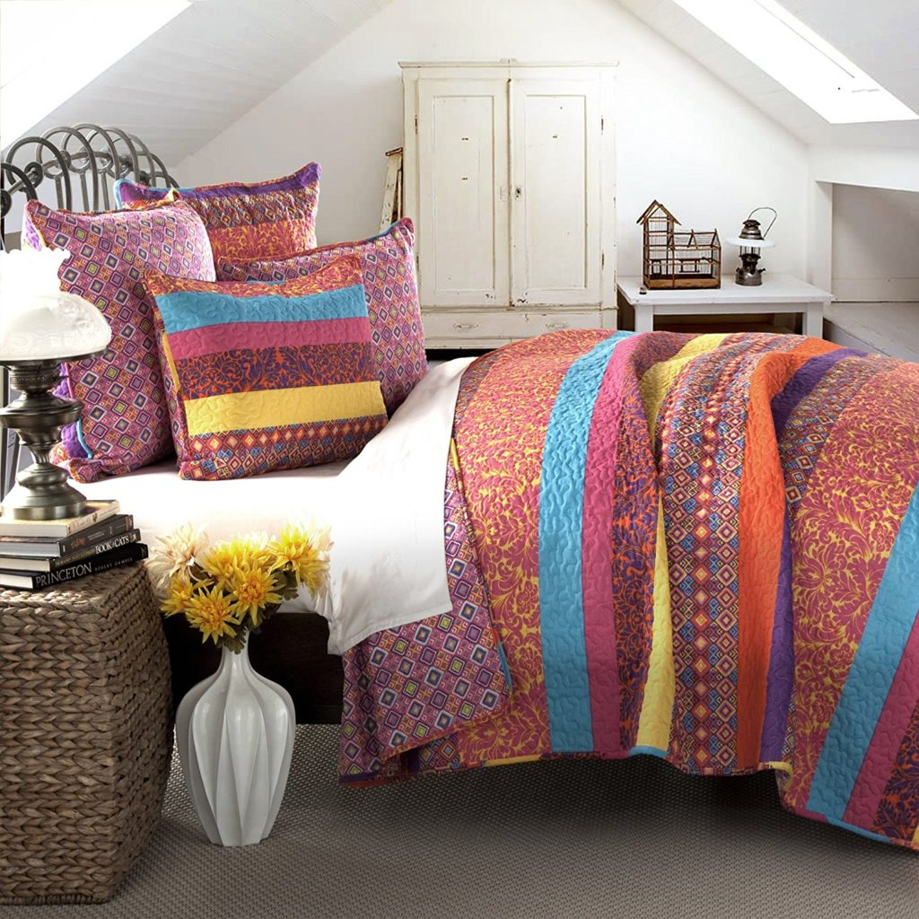 Lush Decor 5 Piece Boho Stripe Quilt Set, Full-Queen, Fuchsia