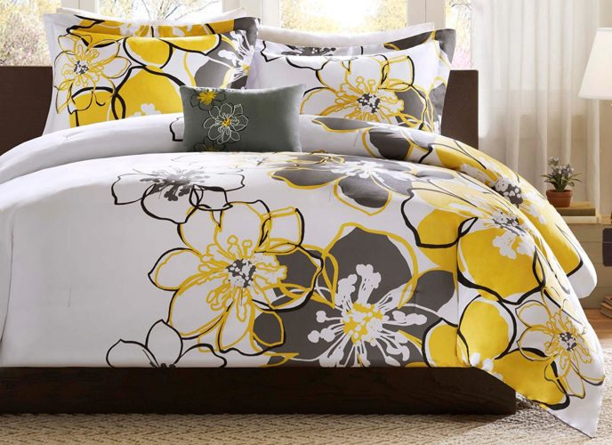 Mi Zone - Allison Comforter Set - Yellow Floral Bedding - Full Queen - Floral Pattern - Includes 1 Comforter, 1 Decorative Pillow, 2 Shams