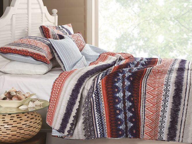 Boho Chic Bedding, Urban Boho Quilt Set, 3-Piece Full-Queen