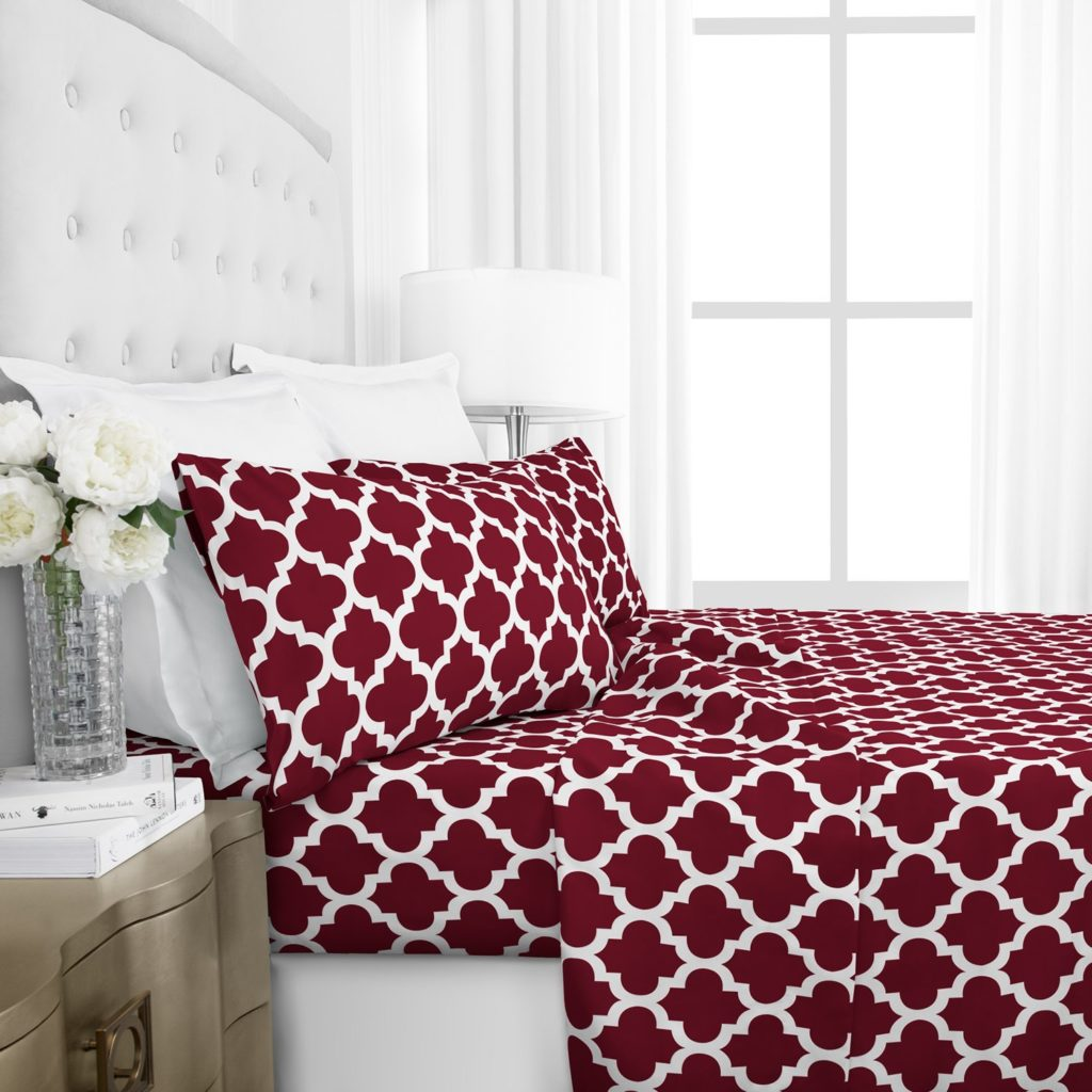 Egyptian Luxury 1800 Hotel Collection Quatrefoil Pattern Bed Sheet Set - Deep Pockets, Wrinkle and Fade Resistant, Hypoallergenic Printed Sheet and Pillow Case Set - Queen - Burgundy