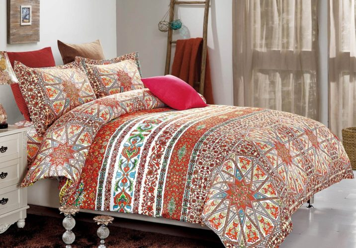 Wake In Cloud - Bohemian Duvet Cover Set, Orange Boho chic Mandala Medallion Printed Soft Microfiber Bedding, with Zipper Closure (3pcs, California King Size)