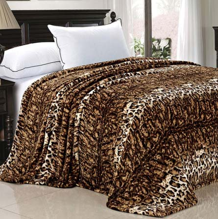 Home Soft Things Boon Light Weight Animal Safari Style ML Leopard Printed Flannel Fleece Blanket (Queen) at luxcomfybedding.com