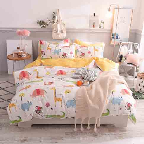 "Toys Studio Animal Zoo Kids Duvet Cover Set Queen(90""x90""), 3 Pieces(2 Pillowcases, 1 Duvet Cover) Cartoon Animal Cotton Bedding Sets with Zipper Closure Children Duvet Cover for Boys, Girls, Teens"