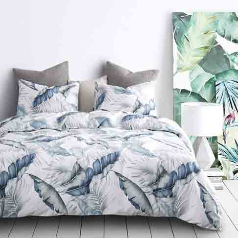 Wake In Cloud - Leaves Duvet Cover Set, 100% Cotton Bedding, Tropical Banana Tree and Palm Tree Leaves Pattern Printed in Blue and Green, with Zipper Closure (3pcs, King Size)