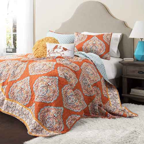 Fall Bedding Sets with Marching Curtains