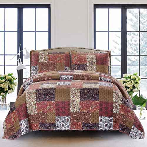 SLPR Red Riches 3-Piece Bedding Quilt Set - King with 2 Shams Summer Lightweight Quilted Bedspread